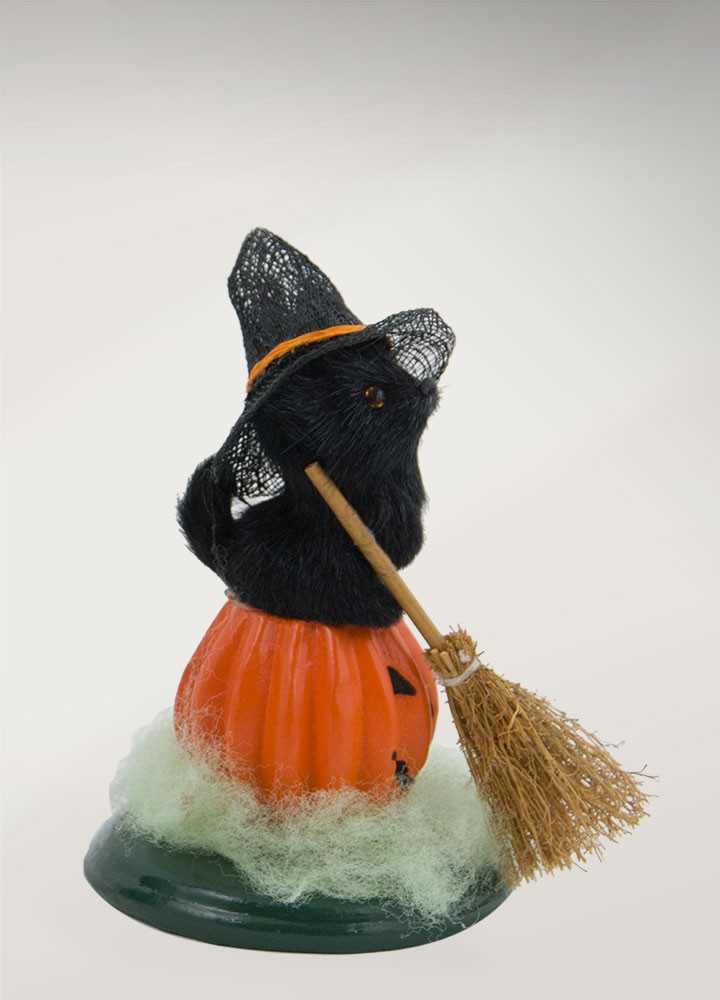 Byers Choice Halloween Cat 7171C from The Halloween Collection