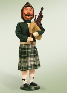 Eleven Pipers Piping - Twelve Days of Christmas
