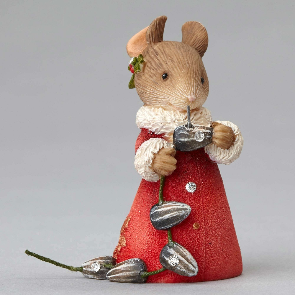 Holiday String-A-Long - Mouse With Seed Garland
