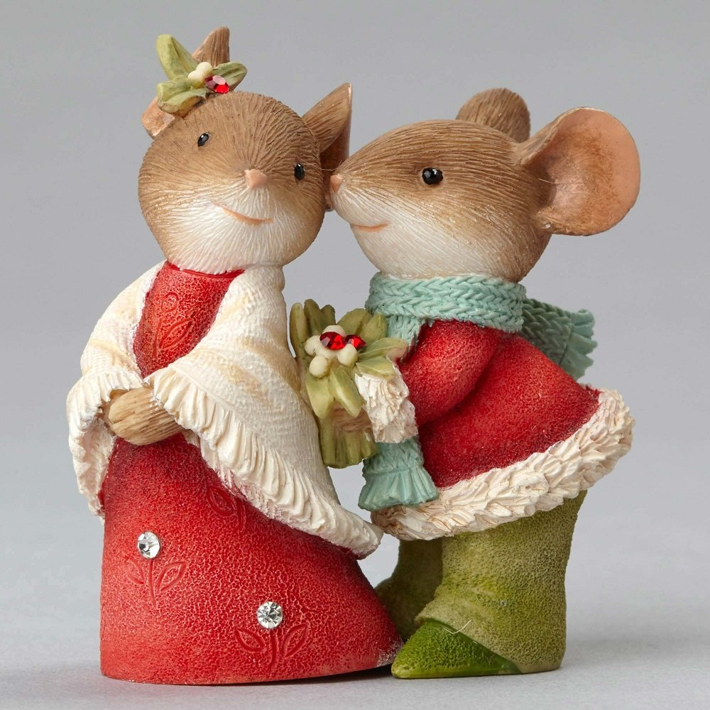 Kiss, Miss? - Mouse Couple With Holly