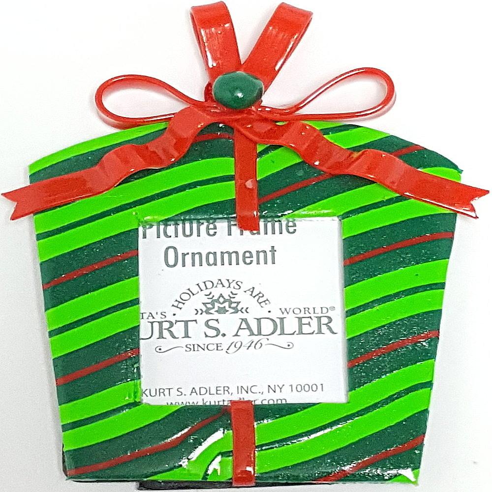 Green Gift Box Frame Ornament