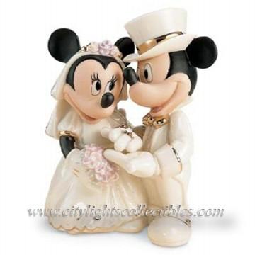 Minnie's Dream Wedding Cake Topper